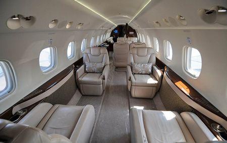 成龙私人飞机内景首次曝光