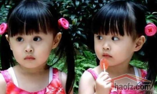 台湾超萌双胞胎曝近照 姐妹花爱跳舞