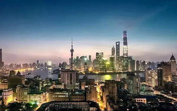 上海跟深圳经济总量_深圳经济特区